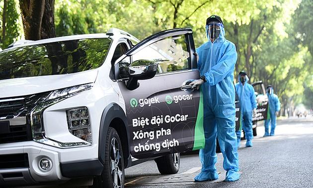 Gojek launches car service in HCMC