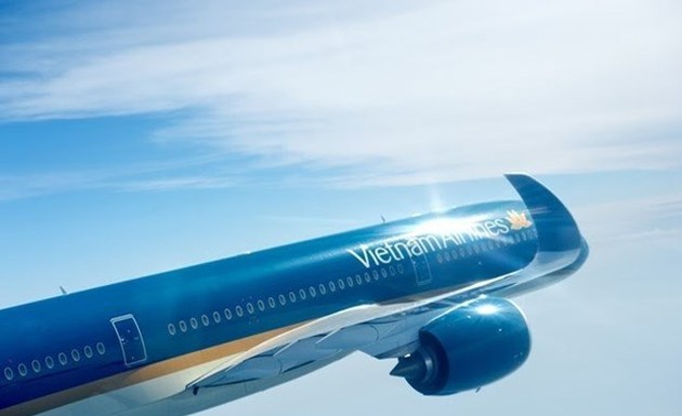 Vietnam Airlines raises charter capital close to 1 billion USD
