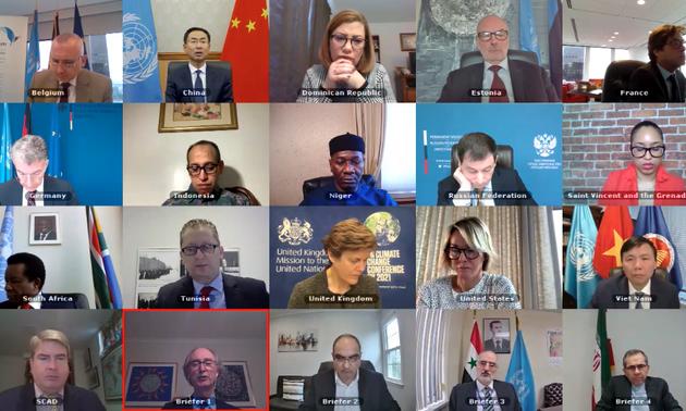 Вьетнам призвал соответствующие стороны в Сирии к активизации диалогов