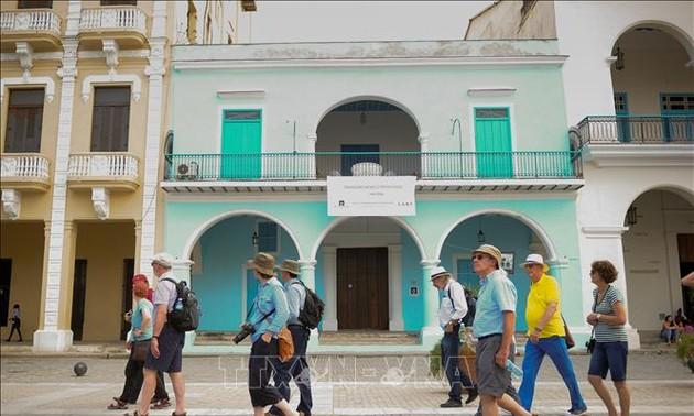 Новые санкции США нанесли миллиардный ущерб кубинскому туризму