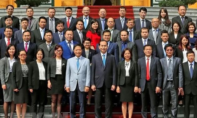 Chủ tịch nước Trần Đại Quang gặp mặt các Tham tán Thương mại ở nước ngoài