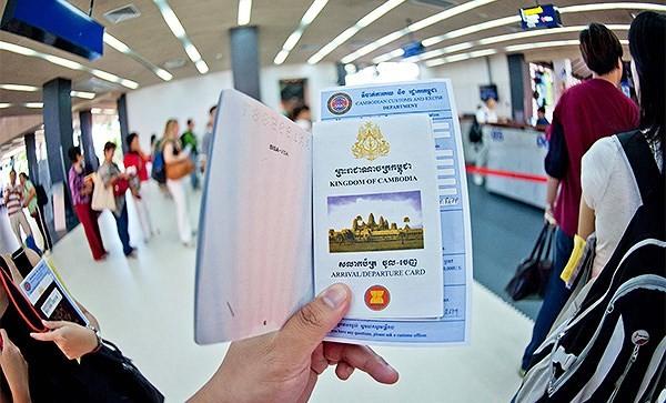 Campuchia sẽ cấp thẻ cư trú cho hơn 70 nghìn người Việt Nam