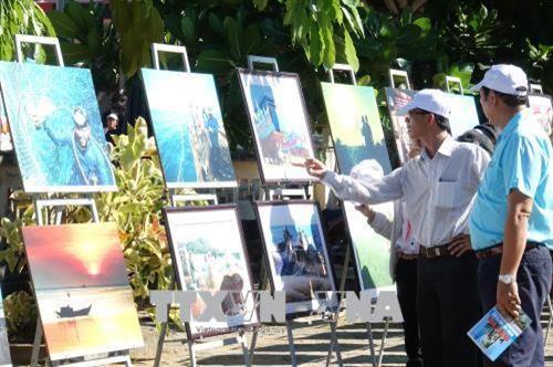 """Trưng bày chuyên đề """"Lý Sơn  - Di sản văn hóa biển, đảo"""""""