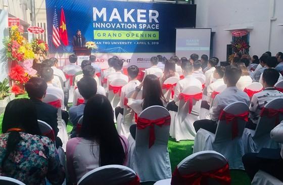 Ra mắt Không gian đổi mới sáng tạo cho sinh viên Đồng bằng sông Cửu Long