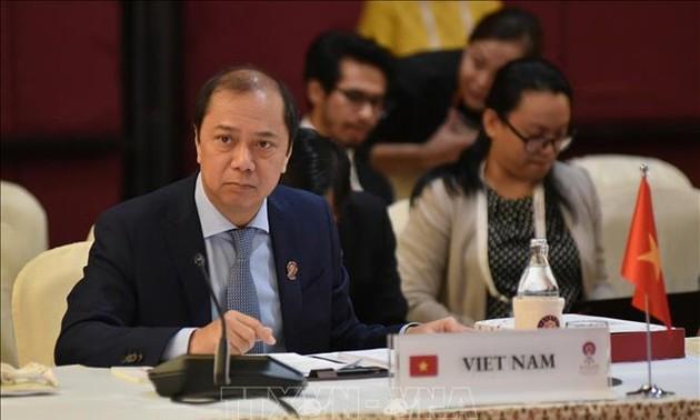 Việt Nam tham dự Cuộc họp các quan chức cao cấp ASEAN+3 và các cuộc họp liên quan