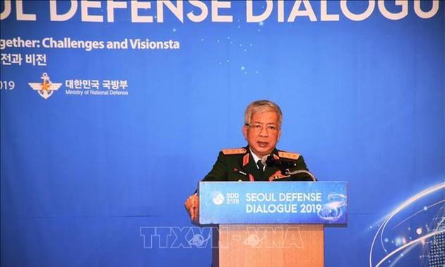 Các hoạt động của đoàn Việt Nam trong khuôn khổ Đối thoại Quốc phòng Seoul