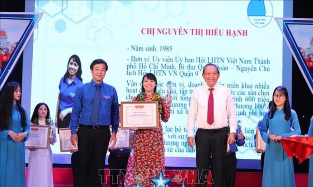 Xây dựng lớp thanh niên Việt Nam có bản lĩnh, khát vọng
