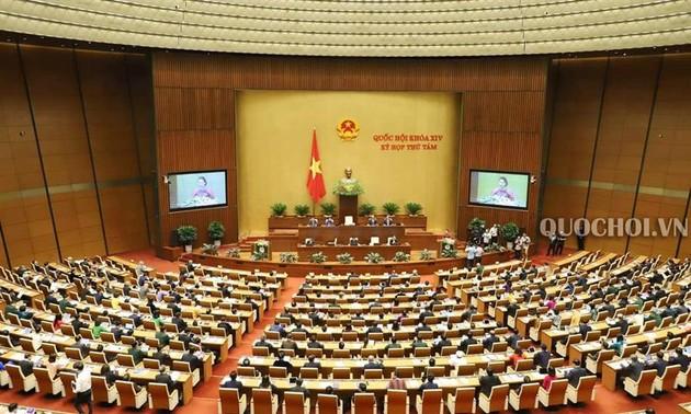 Quốc hội thảo luận về Luật sửa đổi, bổ sung Luật Cán bộ, công chức và Luật Viên chức