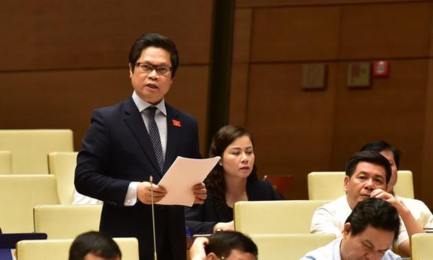 Kỳ họp thứ 8, Quốc hội khóa XIV: Quốc hội thảo luận về kinh tế- xã hội