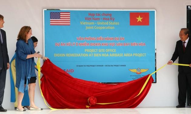 Hoa Kỳ và Việt Nam tăng cường quan hệ đối tác về khắc phục hậu quả chiến tranh