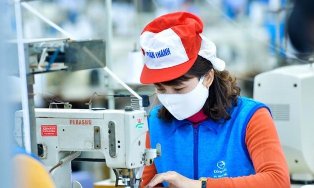 Tập đoàn Dệt May Việt Nam cung ứng 10 triệu khẩu trang kháng khuẩn