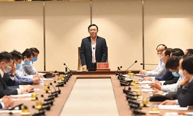 Bí thư Thành ủy Hà Nội Vương Đình Huệ: Doanh nghiệp nêu cao tinh thần phòng, chống dịch COVID-19