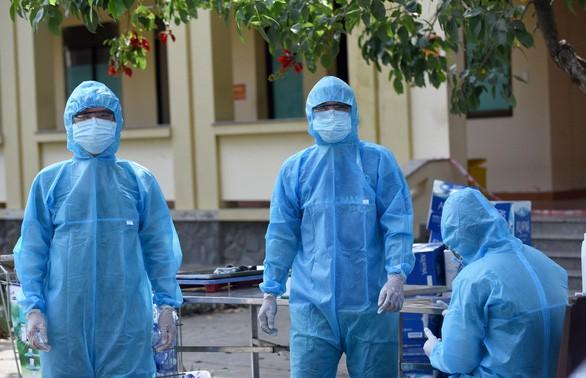 Việt Nam ghi nhận thêm 11 ca dương tính với Covid-19