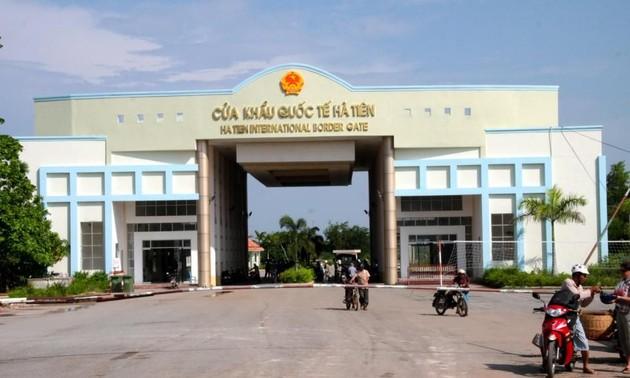Bộ Ngoại giao điều chỉnh quy định qua lại tại các cửa khẩu biên giới với Campuchia và Lào