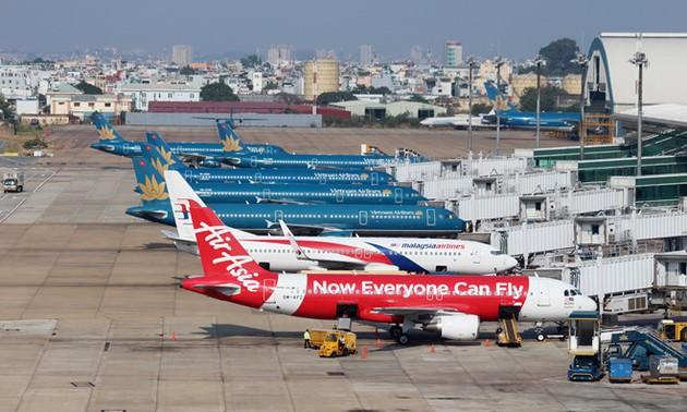 Hàng không nối lại các chuyến bay nội địa