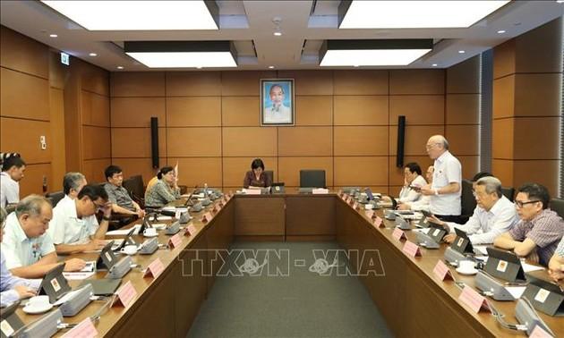 Quốc hội thảo luận về dự án Luật Người lao động Việt Nam đi làm việc ở nước ngoài theo hợp đồng (sửa đổi)