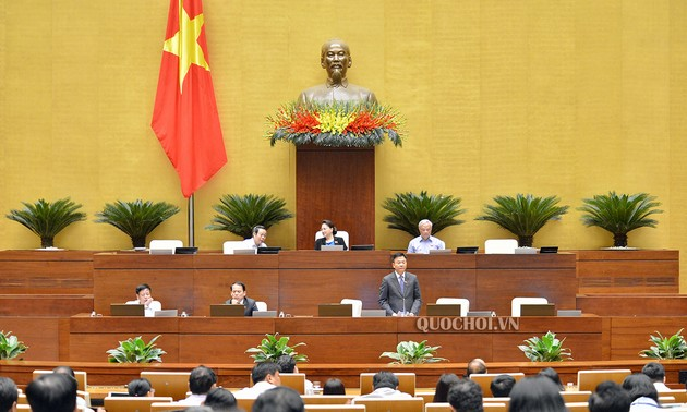 Quốc hội khóa XIV Thông qua một số Nghị quyết; Luật và Luật sửa đổi