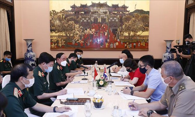Đẩy mạnh hợp tác điều trị, nghiên cứu khoa học Việt Nam - Cuba trong phòng chống COVID-19