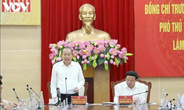 Phó Thủ tướng Thường trực Trương Hòa Bình làm việc với tỉnh Quảng Ninh