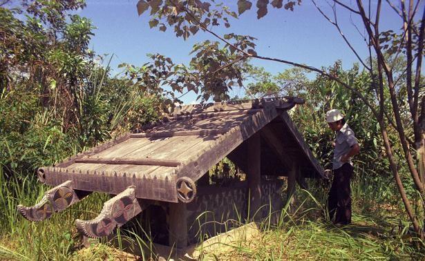 Nhà mồ, công trình độc đáo của đồng bào Cơ Tu ở Thừa Thiên Huế