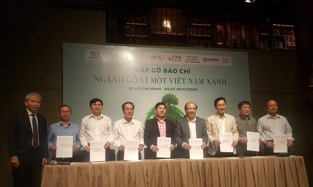 Lập Quỹ Việt Nam xanh nhằm nâng cao nhận thức cộng đồng về bảo vệ rừng