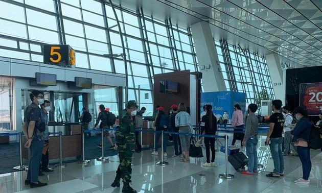 Đưa hơn 280 công dân Việt Nam từ Australia về nước an toàn