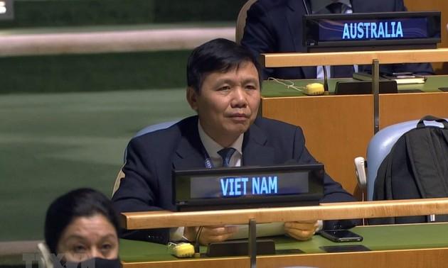 Việt Nam khẳng định mọi tranh chấp phải được giải quyết trên cơ sở tôn trọng luật pháp quốc tế