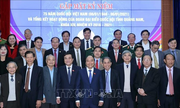 Thủ tướng dự gặp mặt kỷ niệm 75 năm ngày Tổng tuyển cử đầu tiên bầu Quốc hội, tại tỉnh Quảng Nam