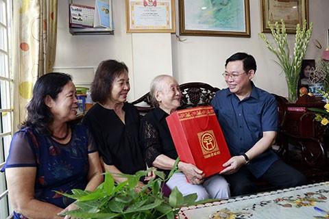 Hà Nội: Hơn 370 tỷ đồng chăm lo cho các đối tượng chính sách và người lao động dịp Tết Nguyên đán Tân Sửu