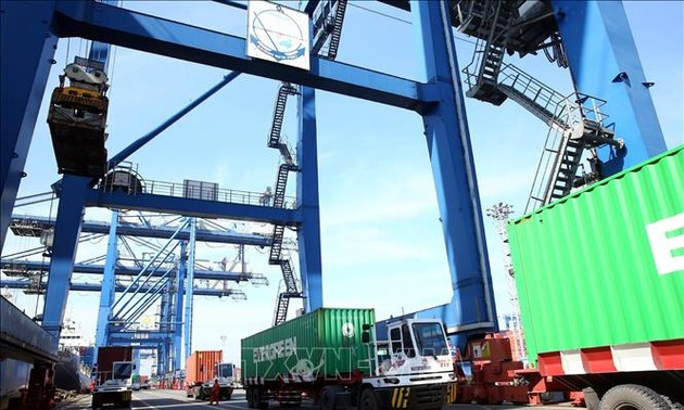 Xuất, nhập khẩu hàng hóa 2 tháng đầu năm tăng cao