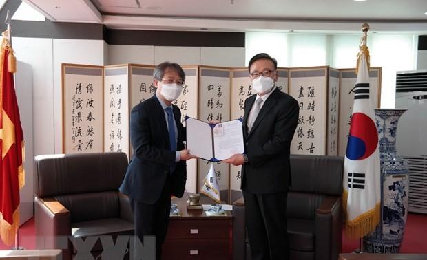 Bổ nhiệm Tổng lãnh sự danh dự tại khu vực Busan-Gyeongnam cho ông Park Soo Kwan