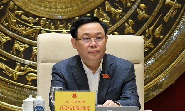 Chủ tịch Quốc hội Vương Đình Huệ làm việc với Ủy ban Khoa học, Công nghệ và Môi trường