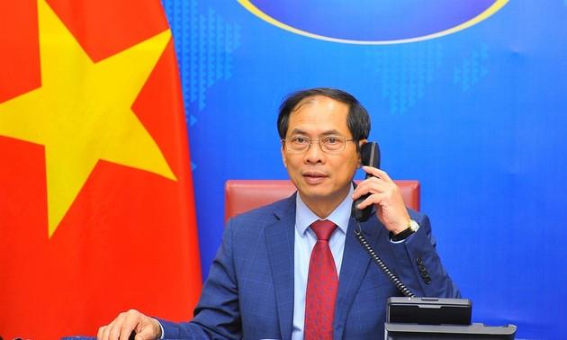 Việt Nam và Hàn Quốc tăng cường hợp tác về ngoại giao