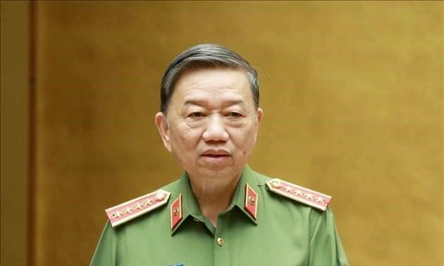 Bộ trưởng Bộ Công an Tô Lâm gửi Thư khen lực lượng Công an trong phòng, chống dịch COVID-19