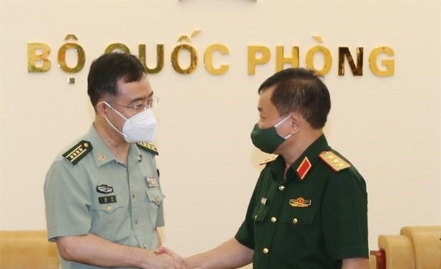 Tiếp tục thúc đẩy hợp tác quốc phòng Việt Nam - Trung Quốc