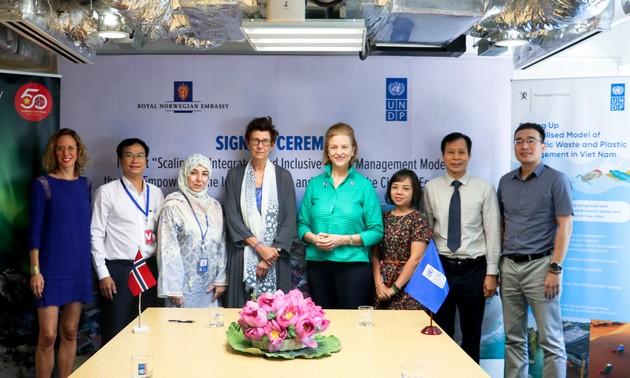 Dự án  mới nhằm nhân rộng các mô hình quản lý rác thải tổng hợp và toàn diện tại VN