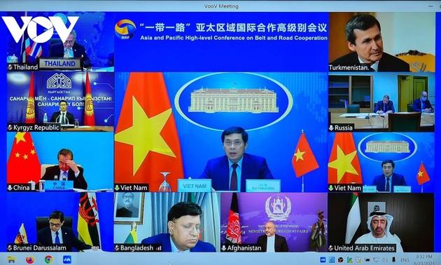 Việt Nam đẩy mạnh hội nhập kinh tế quốc tế vì hoà bình, thịnh vượng và phát triển bền vững của cả khu vực