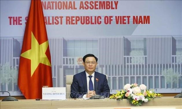Việt Nam coi trọng và mong muốn tăng cường quan hệ hợp tác nhiều mặt với Hungary