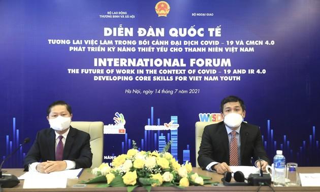 Phát triển kỹ năng thiết yếu cho thanh niên Việt Nam trong kỷ nguyên số