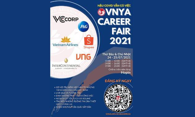 Sinh viên Việt Nam tại Singapore tổ chức hội thảo việc làm trực tuyến