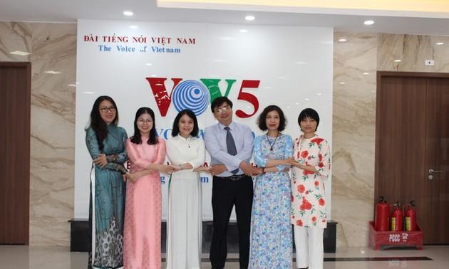 Người bạn tinh thần của cộng đồng người Việt nơi xa xứ