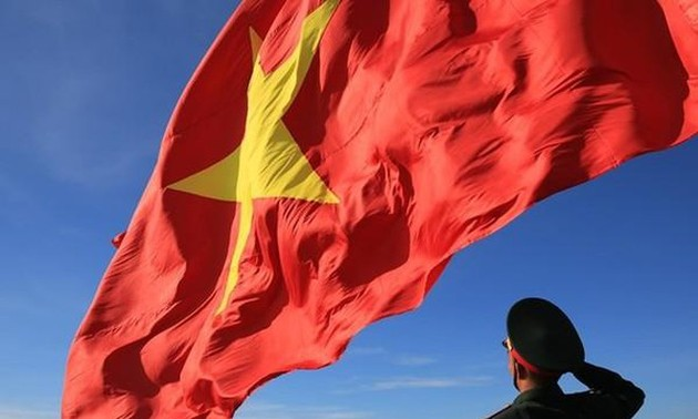 """Cuộc thi ảnh """"Thiêng liêng cờ Tổ quốc"""" lan tỏa tình yêu nước, lòng tự hào dân tộc"""