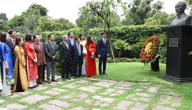 Tiếp tục các hoạt động kỷ niệm Quốc khánh Việt Nam tại nhiều nước