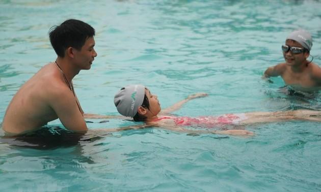 Вьетнам стремится снизить на 20% количество утонувших детей
