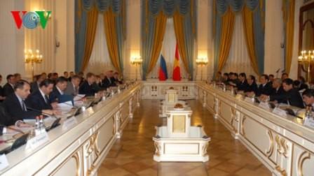 Khai mạc kỳ họp lần thứ 15 Ủy ban Liên Chính phủ Việt Nam – Nga