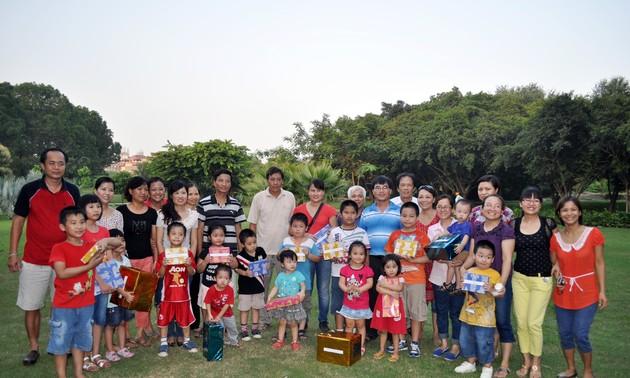 Đại sứ quán Việt Nam tại Ấn Độ tổ chức vui Tết trung thu