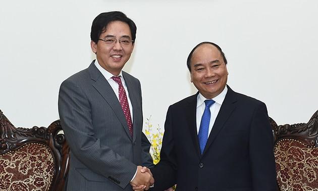 Việt Nam - Trung Quốc tiếp tục thúc đẩy toàn diện quan hệ hợp tác trên các lĩnh vực