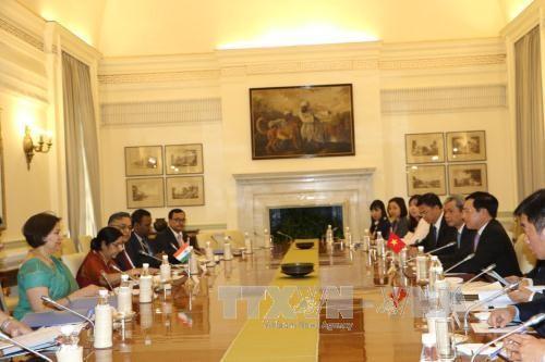 Phó Thủ tướng, Bộ trưởng Ngoại giao Phạm Bình Minh gặp gỡ các doanh nghiệp Ấn Độ