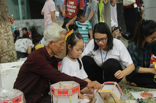 Bảo tàng Dân tộc học Việt Nam tổ chức Tết Trung Thu cho trẻ em