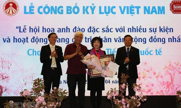 Lễ hội hoa anh đào đặc sắc với nhiều sự kiện và hoạt động mang giá trị nhân văn, cộng đồng nhất